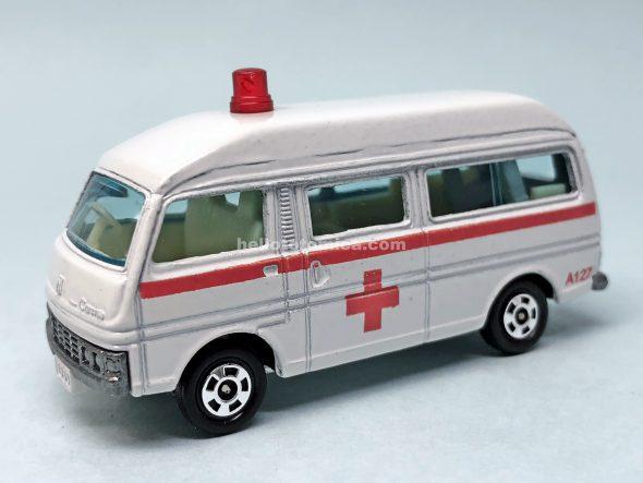 36-2 ニッサン キャラバン 救急車 はるてんのトミカ