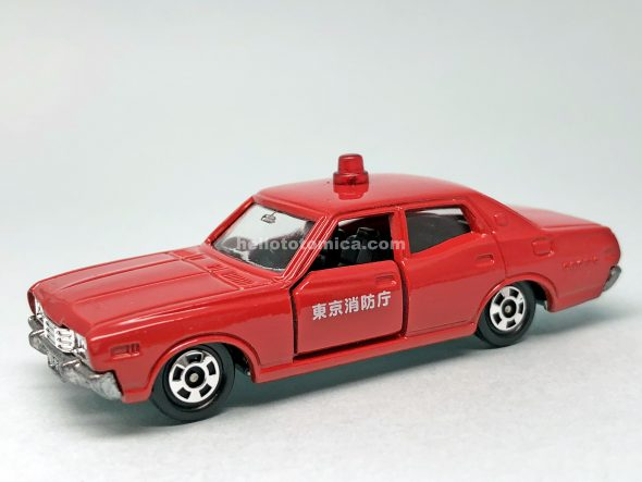 13-3 NISSAN CEDRIC 2800SGL Fire Chief Car はるてんのトミカ