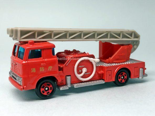 29-1 日野 ハシゴ消防車(2006年7月) はるてんのトミカ