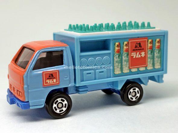 105-3 ラムネボトルカー はるてんのトミカ