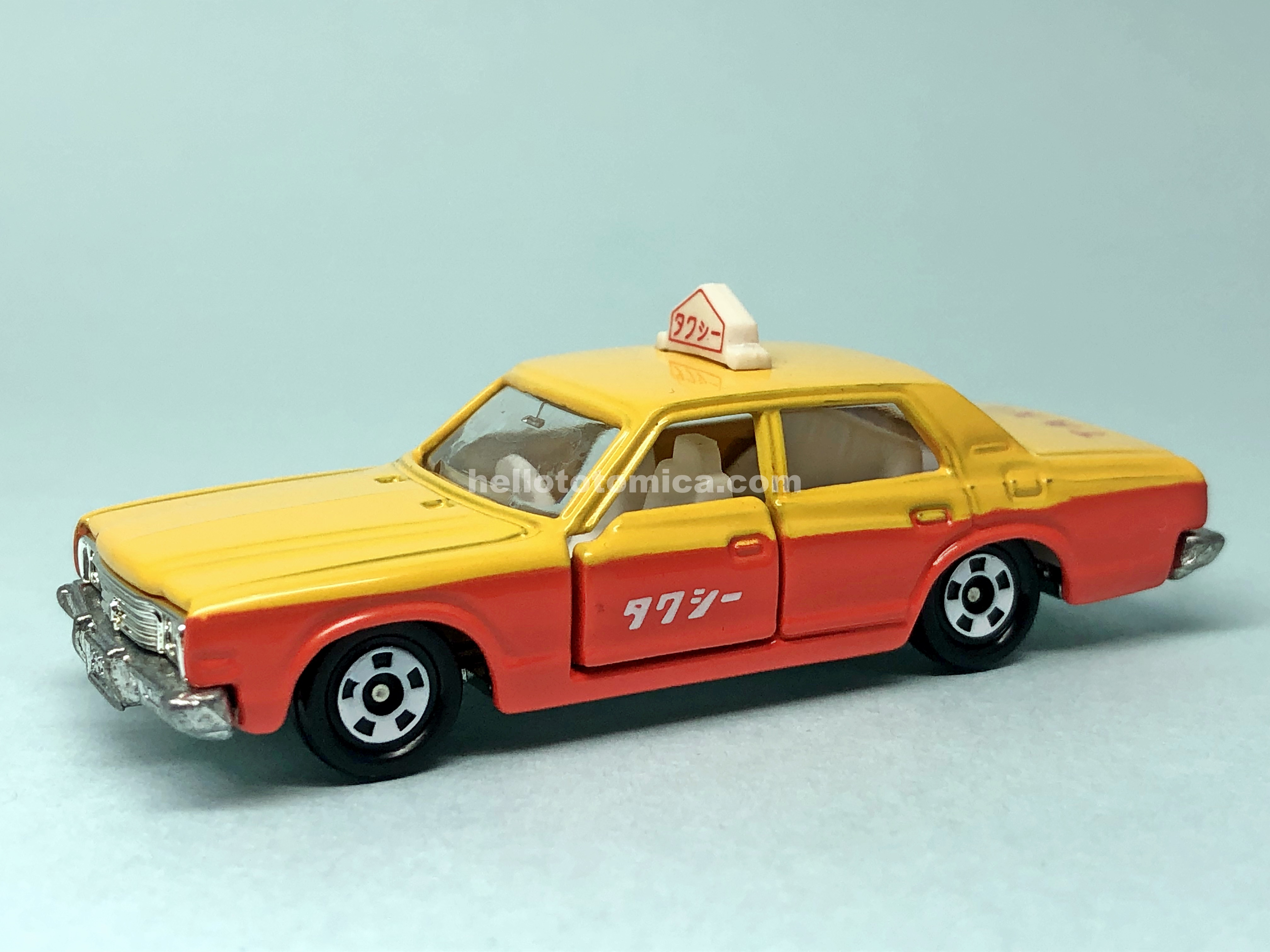110-1 TOYOTA CROWN TAXI