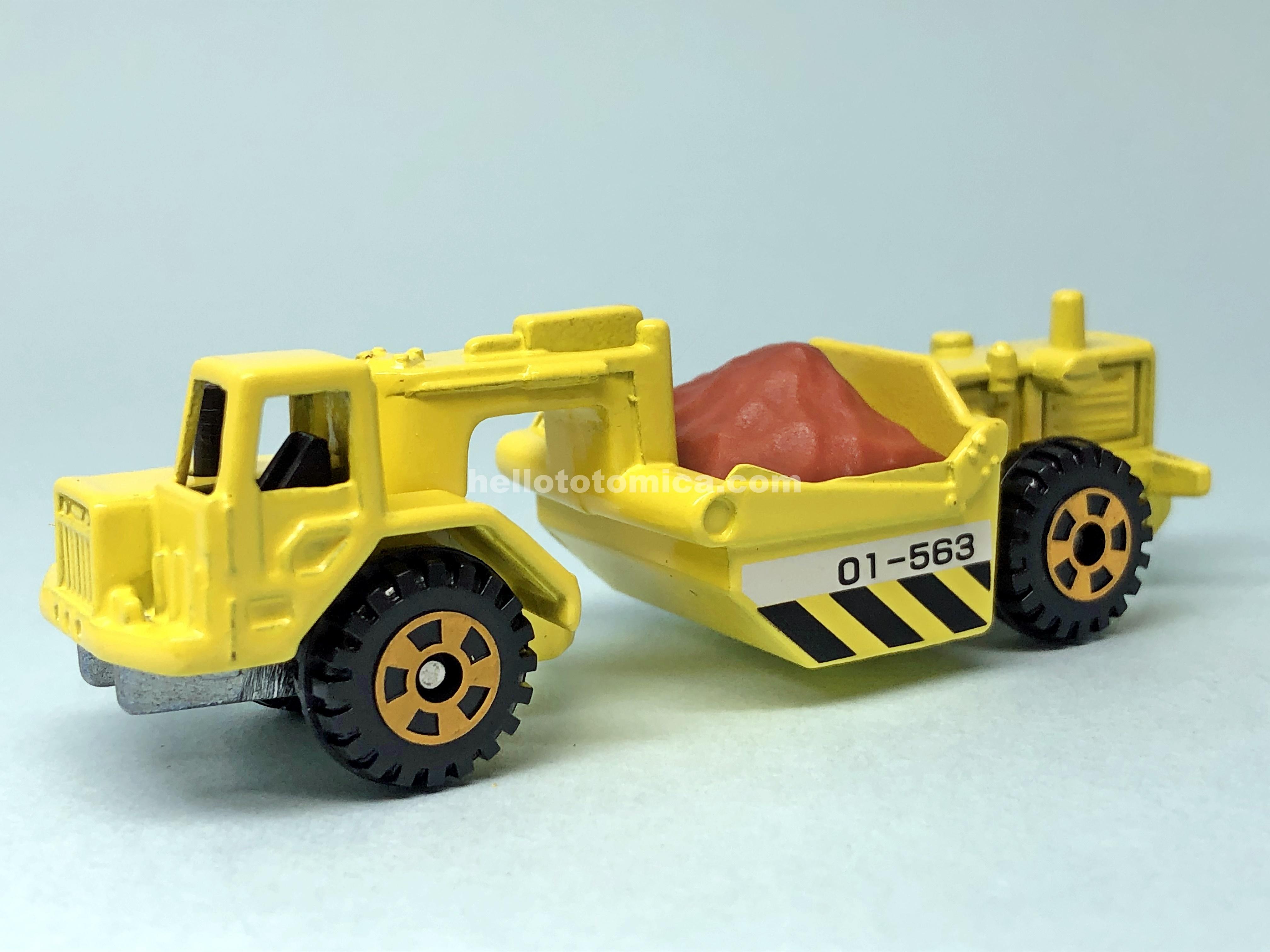 32-3 KOMATSU MOTOR SCRAPER WS16