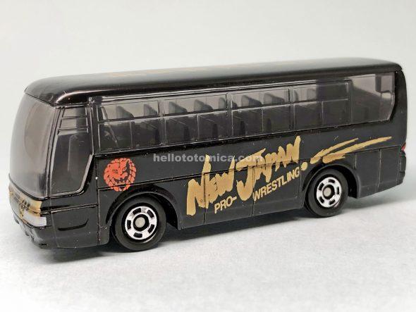 1-4 三菱ふそう エアロクイーン 新日本プロレス選手移動用バス はるてんのトミカ