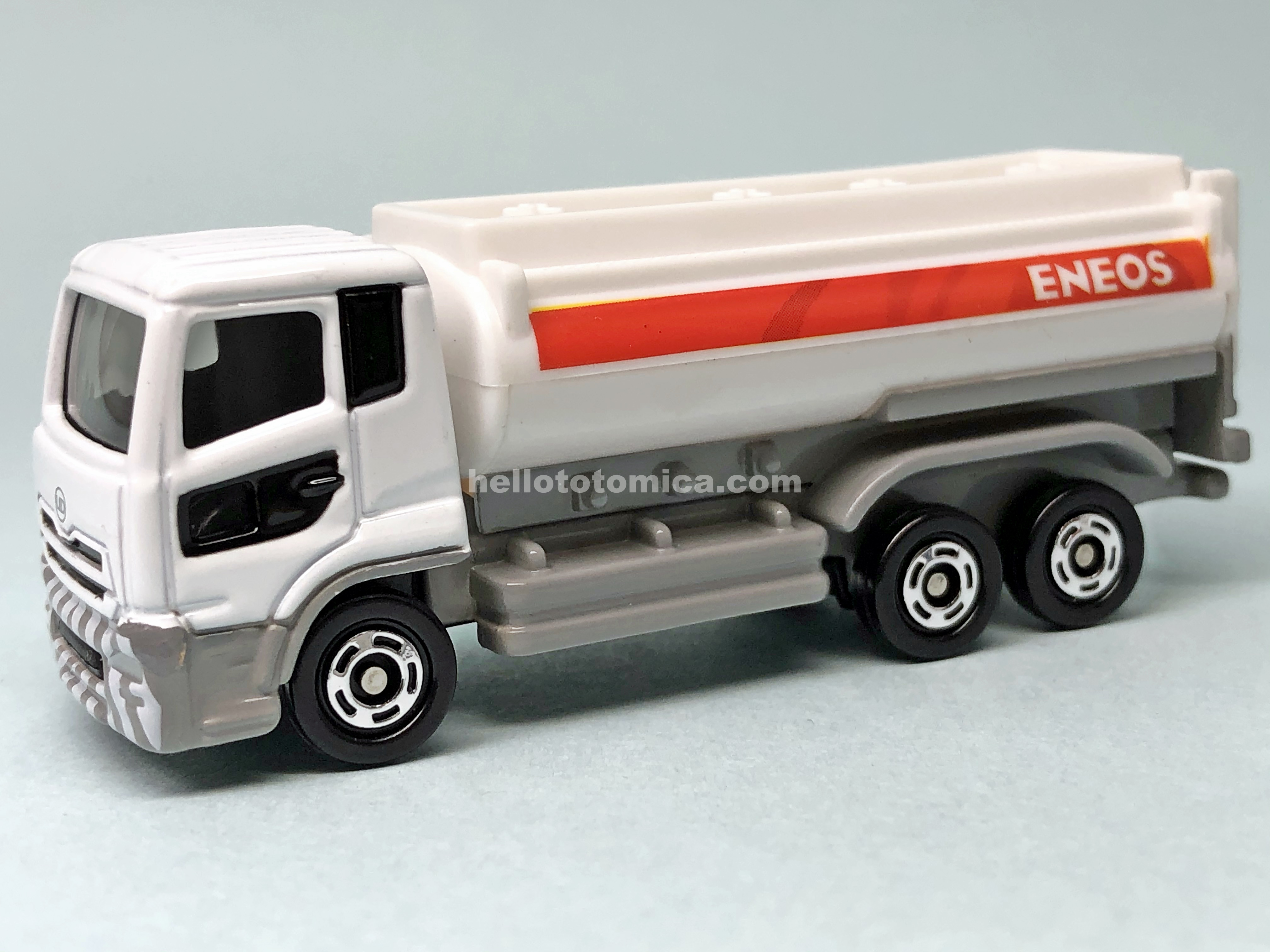 90-8 UD TRUCKS Quon ENEOS TANK LORRY