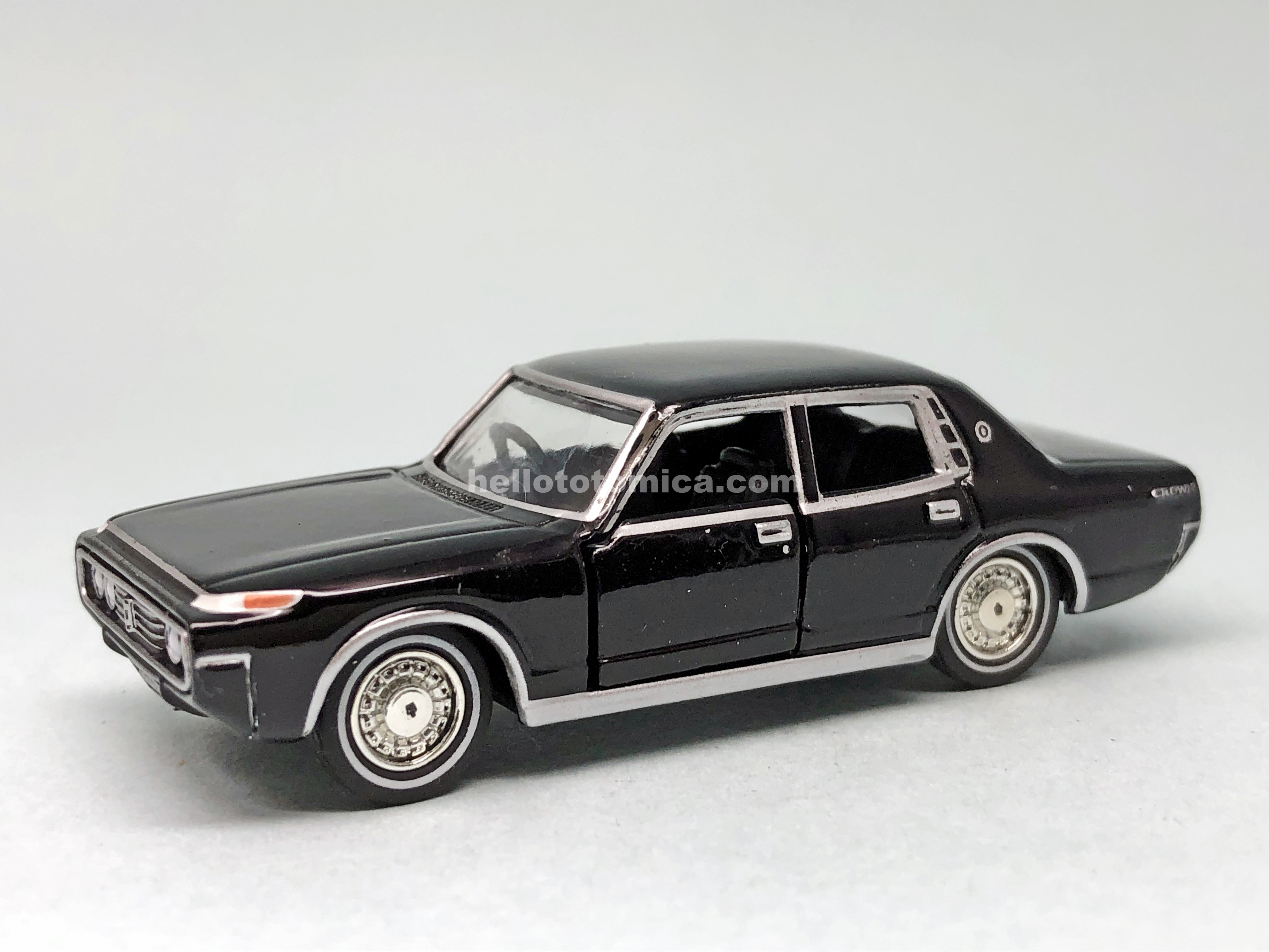 32-1 TOYOTA CROWN MS60