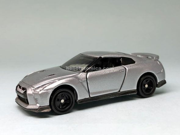 23-10 NISSAN GT-R はるてんのトミカ